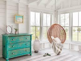 24_kate maloneyinteriordesign_marthasvineyard_swing chair beach inspired bedroom furniture