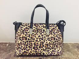 italian leather handbag carpisa aed 300