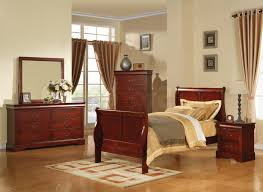 Full Size Bedroom Furniture Sets White Table Lamp On Bedside White ...