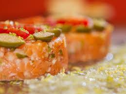 Resultado de imagem para salmão tartar