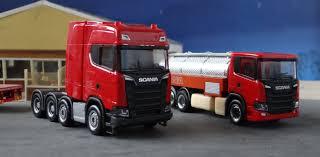 Volvo monster trucks geschiedenis tekening voertuigen auto's gezondheid houten speelgoed papieren enveloppen Scania Ngs Tekening Foto S Scania Presenteert G Serie En Nieuwe V8 Motoren