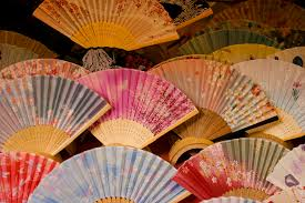 Japanese Fan Display Stand Japanese Fans Everything You Need To Know When Buying A Hand Fan 73