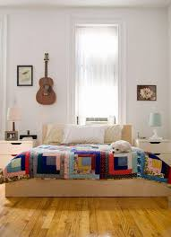Cabbage Corner: Simple Quilts for Fabulous Bedrooms & I think we're definitely seeing more simple and classic quilt designs in  modern home décor and I have to say I am loving it! Whether you have a  vintage ... Adamdwight.com