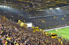 We determined that these pictures can also depict a borussia dortmund. Borussia Dortmund Pictures Download Free Images On Unsplash