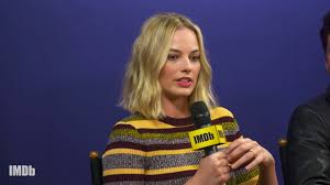 margot robbie discusses tonya harding s reaction to i tonya  margot robbie discusses tonya harding s reaction to i tonya imdb exclusive