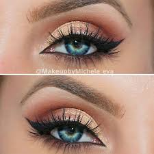 the ideal makeup for blue eyes is the one that involves the shades that can enhance their beauty