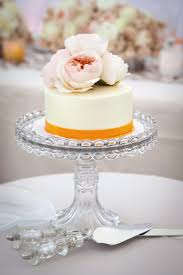 10 Wedding Cakes That Almost Look Too Pretty To Eat Huffpost Life