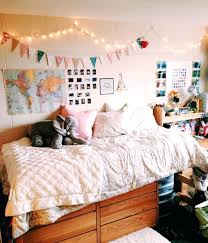 how to decorate a wall home design decorate the wall behind your bed how to