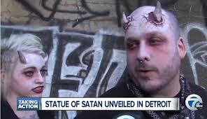 Risultati immagini per male satanico