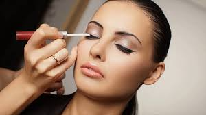 oily skin and best makeup tips