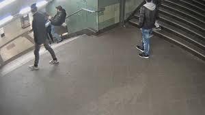 Seit tagen wurde er gesucht, nun sitzt er in untersuchungshaft: U Bahn Attacke Dieses Gefuhl Das Hatte Ja Ich Sein Konnen Welt