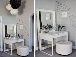 Small Bedroom Vanity Inspirational 25 Best Ideas About Small Makeup  Vanities On Pinterest Diy Dressing Tables Corner Dressing