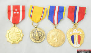 pictures of us military medals