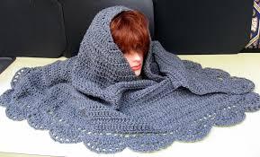 linda s yarn closet half circle shawl with scalloped border by crochet patterns for free rug 2250