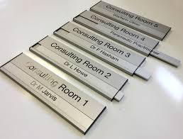 aluminium interchangeable door sign