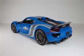 porsche 918 spyder blue. 2015 porsche 918 spyder rear 34 211161 porsche spyder blue