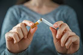 Smokers more likely to give up tobacco if they are paid, study finds
