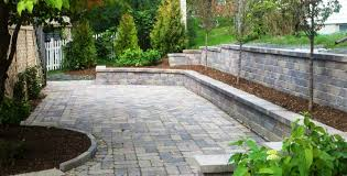 Seating Wall Blocks Bluestone Reflections From Wandsnider Landscape Architects