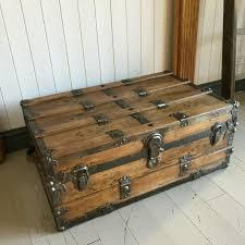 antique steamer trunk coffee table old rustic wooden blanket chest pine storage box key 026vtc la la146261 loveantiques com