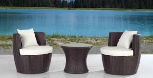 modern outdoor table and chairs. Modern Outdoor Furniture: Beautiful And Sleek - Bestartisticinteriors.com Table Chairs