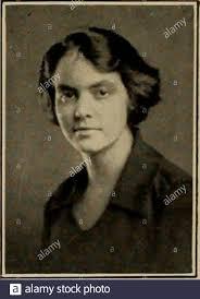 Clase de 1921 . Alice Elizabeth Kline StreetAberdeen Jackson611 Sur, South  Dakota Edith Josefina Jacobs Dudley, Massachusetts. X Fotografía de stock -  Alamy