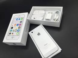 Apple iPhone 5S 64GB SILVER Unlocked Imported Product JIO SIM