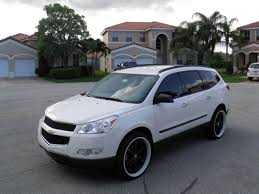 er411 2010 Chevrolet Traverse's Photo Gallery at CarDomain
