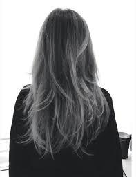 Silver Hair Il Trend Capelli Di Cui Ci Innamoreremo Ancora Questo