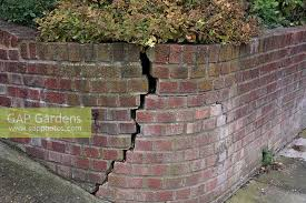 Small Picture GAP Gardens Crack in raised brick retaining wall in front garden