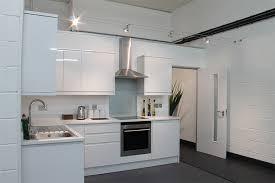 office colour scheme. Office Colour Psychology - White \u003d Clean \u0026 Clinical Scheme