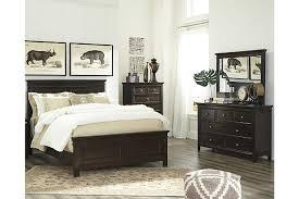 Alexee 5-Piece Queen Bedroom | Ashley Furniture HomeStore