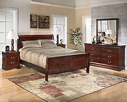 ... Large Alisdair 5 Piece King Master Bedroom, , Rollover