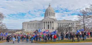 Rally at Missouri State Capitol shows ...