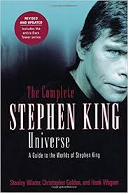 the plete stephen king universe a guide to the worlds of stephen king stanley wiater christopher golden hank wagner 9780312324902 amazon books