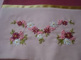 Daisy Embroidery Buscar Con Google  Bordados Pinterest - Home machine embroidery designs