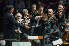 prom staatskapelle dresden christian thielemann max christian thielemann conducts nikolaj znaider and the staatskapelle dresden at the bbc prom 2016 photograph