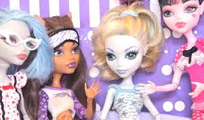 a complete collection list of all monster high doll with character names and pictures