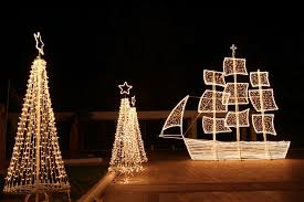 the grewn tree lighting will take place on saay december 9 at 5 00 p m the lighting ceremony begins at 5 00 p m on the southeast corner
