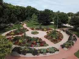 wonderful perspective on this newly dedicated garden space which still features plenty of color