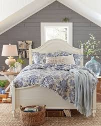 cottage bedroom design. Cozy Living Room With Cottage Decorating Ideas Bedroom Design