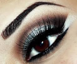 silver eyeshadow is a great look to for nice night out however if you suffer from