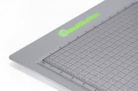 lightweight sleek design includes a self healing cutting mat internal li ion rechargeable battery lighted area approx 12 x 16 board approx 13 x