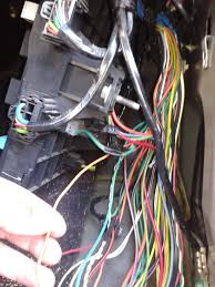 driver seat won t move ford f forum community of ford truck i can t where the orange lite green wire is spliced