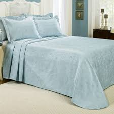 claire matelasse bedspread touch to zoom