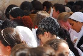 Do individualismo ao coletivismo nacional-religioso