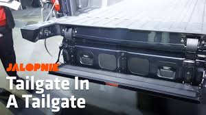 How The 2019 GMC Sierra's MultiPro Tailgate Works - YouTube