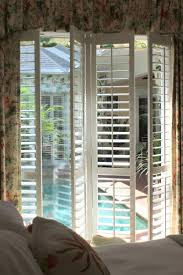 I told you guys that I would share more informative pictures of my new  plantation shutters that were installed on the sliding doors of my.