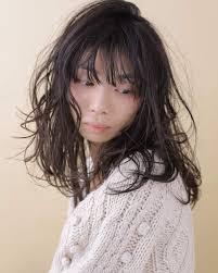 あなたは前髪あり派orなし派印象を変えるロングヘアの前髪特集