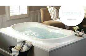 mesmerizing bathtub that keeps water warm bathtub that keeps water warm aquatic estate collection universal oval