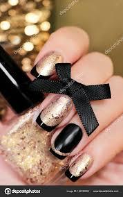 černé Zlaté Francouzské Manikúry Nehty Nehty Ruce Closeup Stock